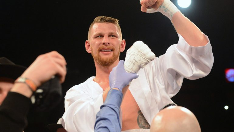 Fonfara stops Dawson on Thurman-Garcia undercard