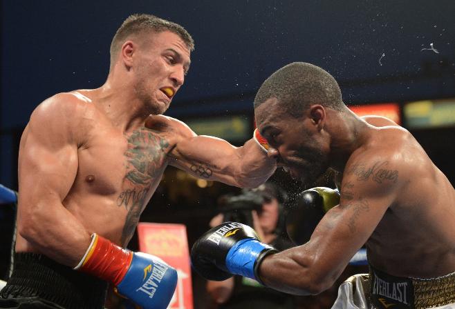 vasyl lomachenko vs gary russell jr photo by naoki fukuda05 - Dougie's Friday Mailbag (Usyk-Chisora, Inoue-Moloney, heavyweights in action)